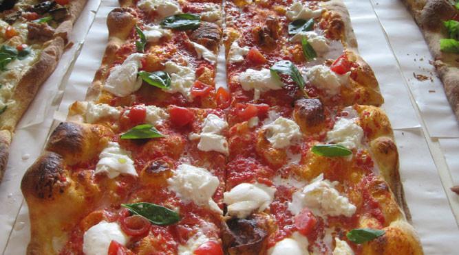 ricetta per fare la pizza al taglio perfetta a casa - silvio cicchi - Cucinare Pizza