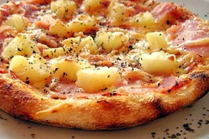pizza ananas