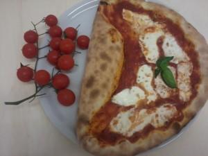 pizza vesuvio ricetta
