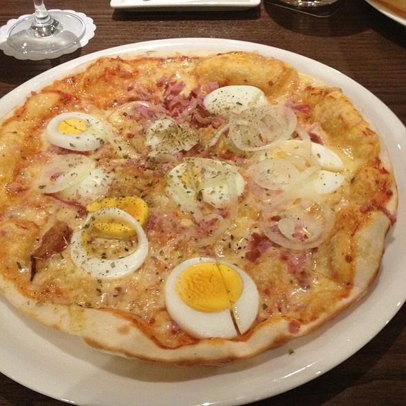 pizza fatta in casa calorie