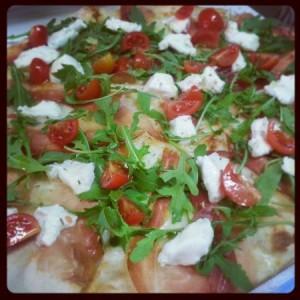 tomate de pizza receta cohetes stracchino