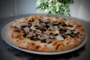 Pizza Al Tartufo Ricetta e Preparazione