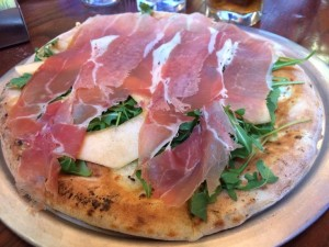 Pizza Prosciutto e Melone Ricetta