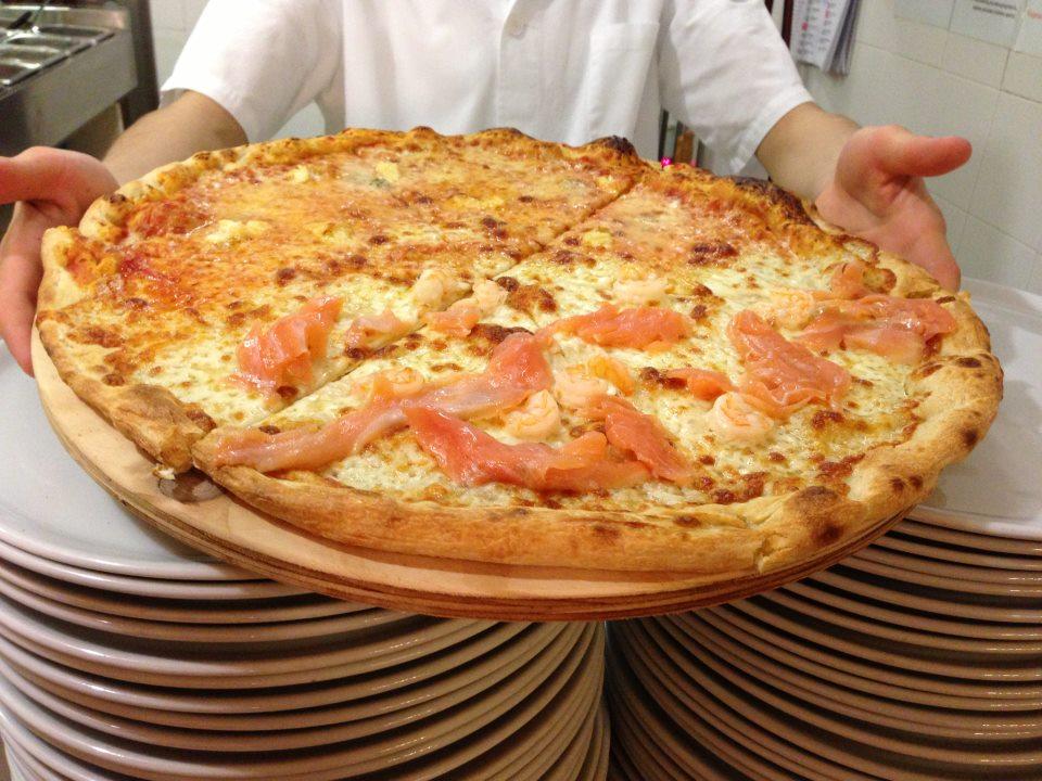 Pizza al salmone silvio cicchi for Pizzeria il tocco