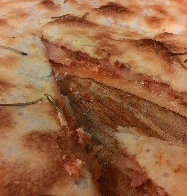 Pizza Parigina con Ricotta e Mortadella