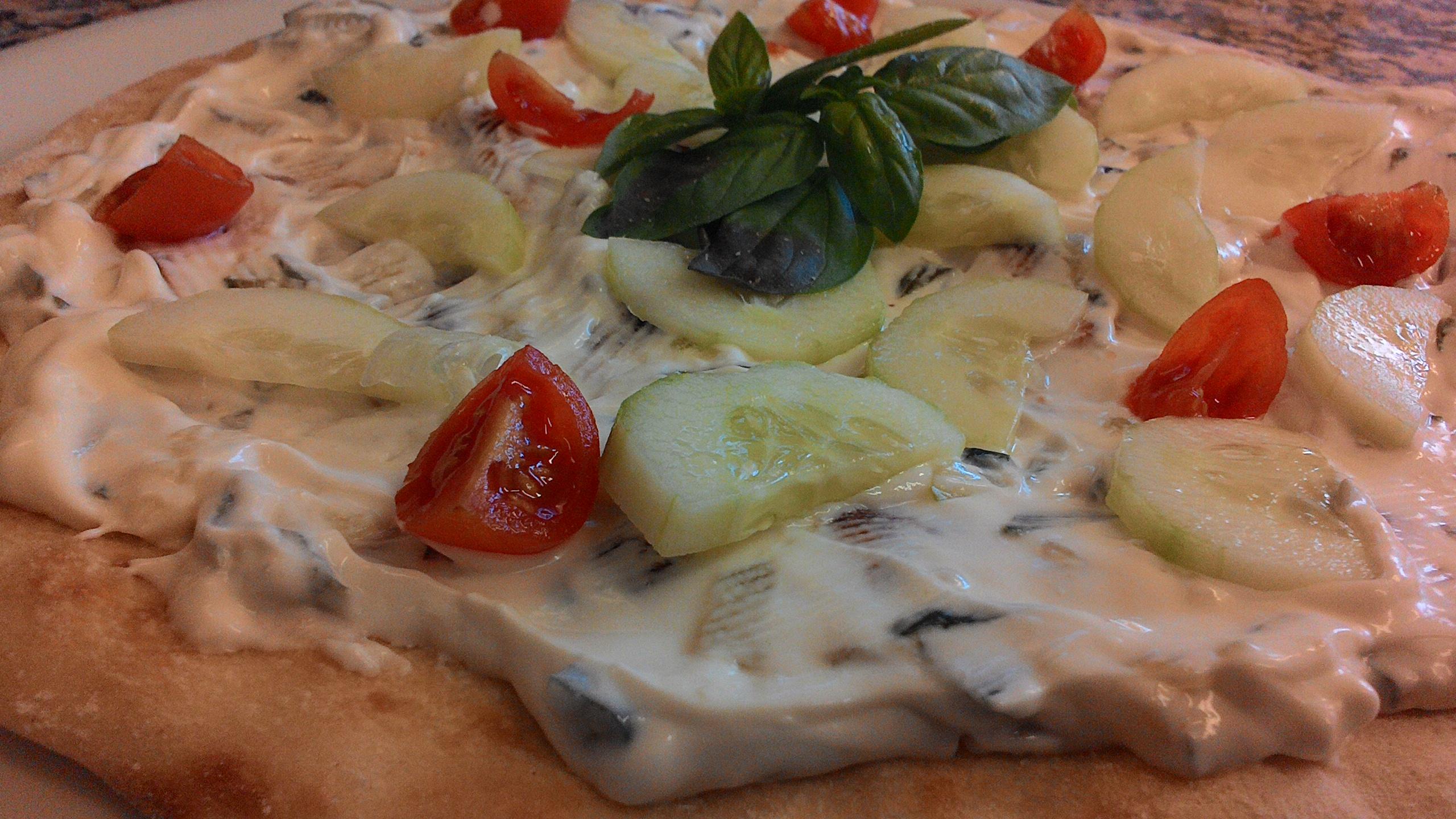 La Pizza Greca Allo Tzatziki