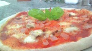 Pizza con Prosciutto e Guanciale Stagionato