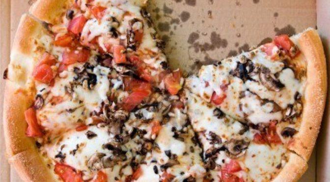 Differenziata: Dove buttare il cartone della pizza