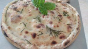 Pizza a Due Mani La Ripiena