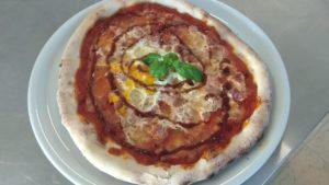 Pizza In Salsa Barbecue Ricetta e Preparazione