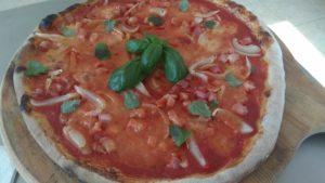 Pizza Con Pancetta e Cipolle Ricetta e Preparazione