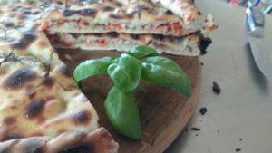 The Stuffed Pizza em duas mãos Como preparar