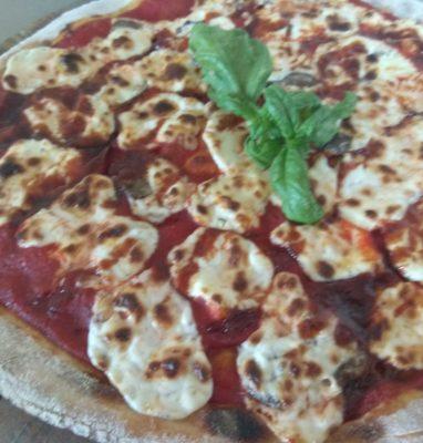 Pizza con Mascarpone e Funghi Trifolati Ricetta