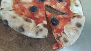 Pizza Con Cornicione Ripieno Ricetta