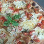 Pizza Con Pomodorini Guanciale e Scamorza Ricetta