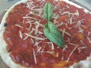 Pizza al Ragù Ricetta e Preparazione