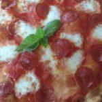Preparación de la pizza de pepperoni